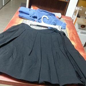 White House Black Market pleated black skirt